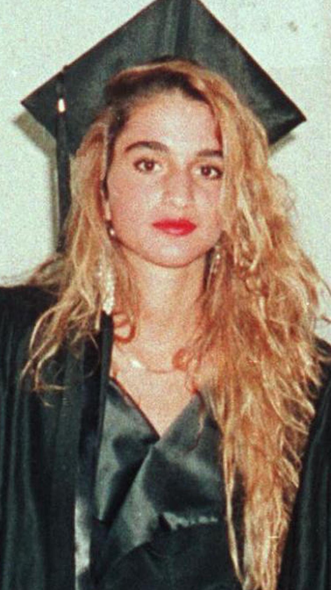 الملكة رانيا فى حفل تخرجها عام 1991