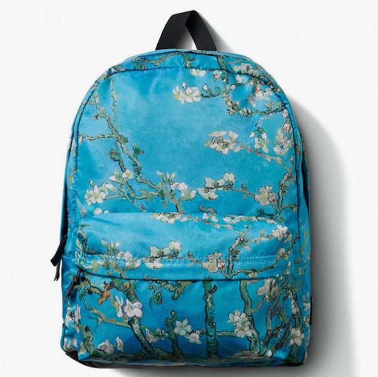 حقيبة ظهر عليها لوحة فان جوخ