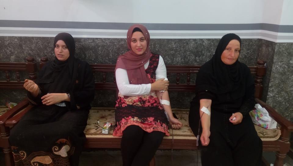 صور.. شباب قرية بالشرقية يتبرعون بـ1319 كيس دم - اليوم السابع