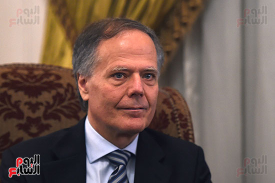الوزير الإيطالى إينزو موافيرو ميلانيزى