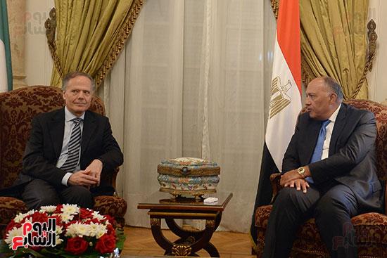 وزير الخارجية سامح شكرى فى لقاء مع إينزو موافيرو ميلانيزى وزير خارجية إيطاليا