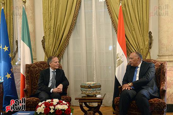 لقاء بين وزير الخارجية سامح شكرى ووزير خارجية إيطاليا