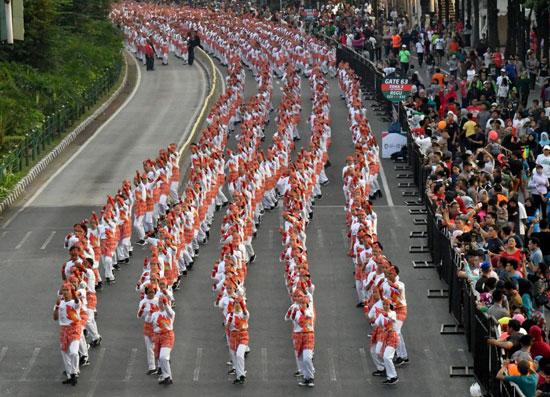 رقص الآلاف فى إندونيسيا