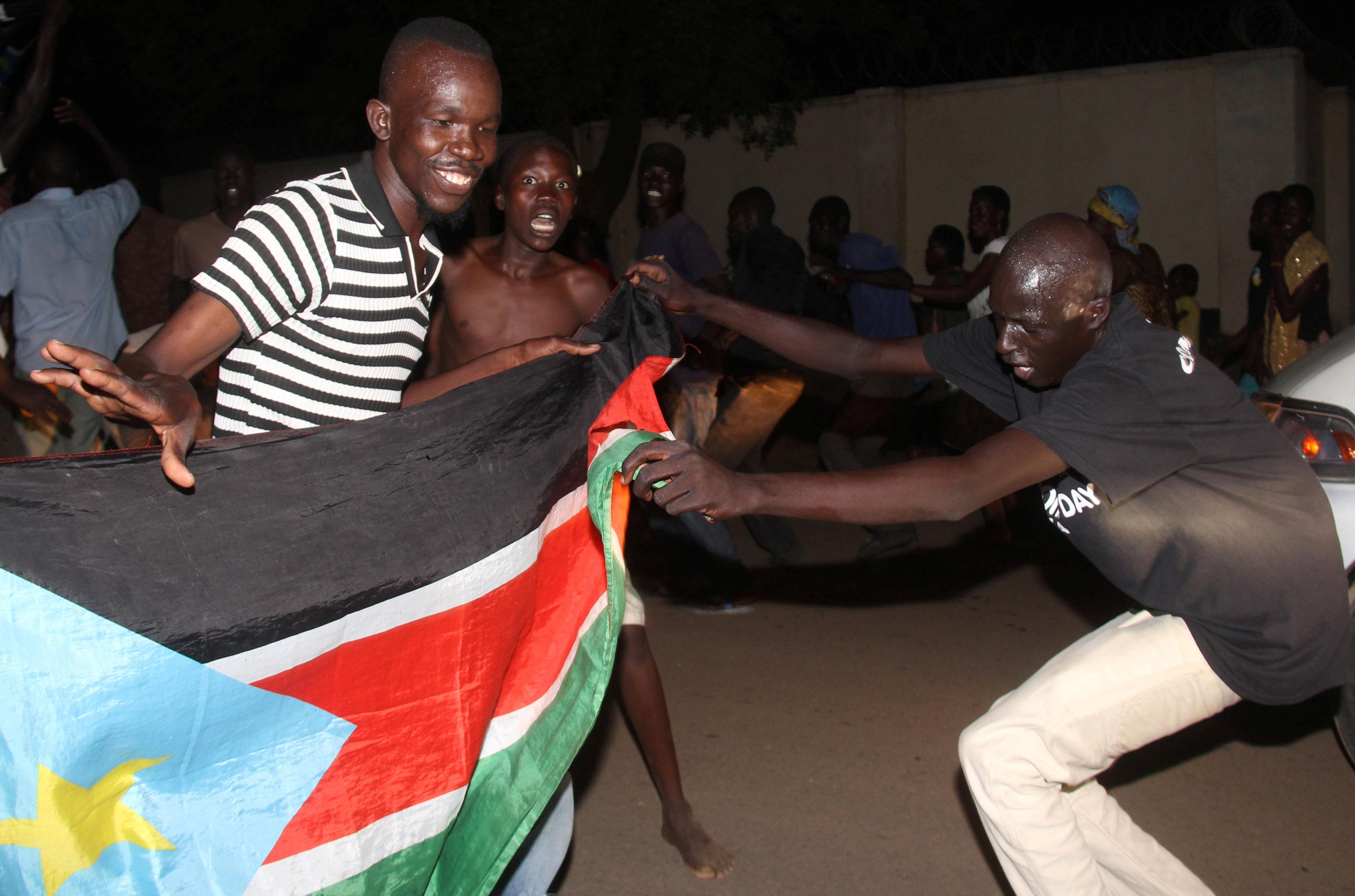 أعلام جنوب السودان تتصدر المشهد الاحتفالى فى جوبا