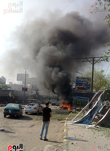 انفجار سيارتين فى مطلع كوبرى اكتوبر (14)