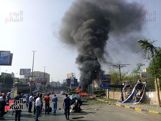 انفجار سيارتين فى مطلع كوبرى اكتوبر (18)