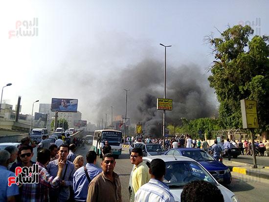 انفجار سيارتين فى مطلع كوبرى اكتوبر (25)