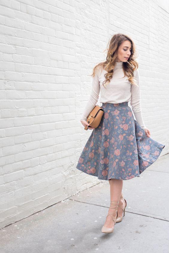 أزياء - التنورة المتوسطة مع التى شيرت القطن1