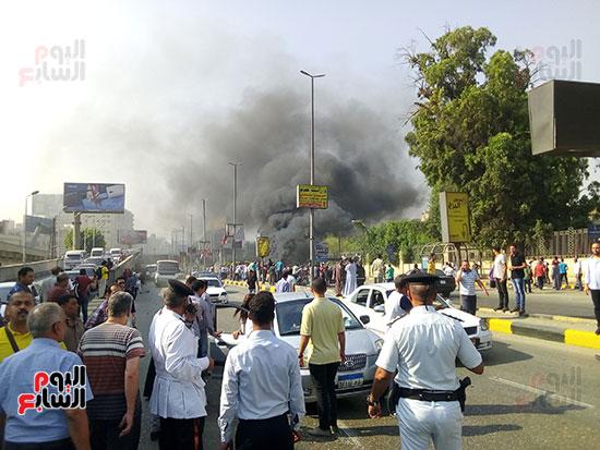 انفجار سيارتين فى مطلع كوبرى اكتوبر (23)