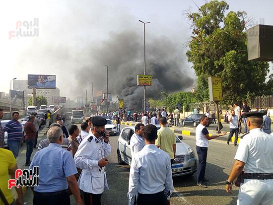 انفجار سيارتين فى مطلع كوبرى اكتوبر (24)