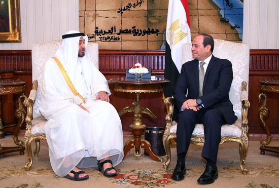 الرئيس السيسى يستقبل محمد بن زايد بمطار القاهرة (9)