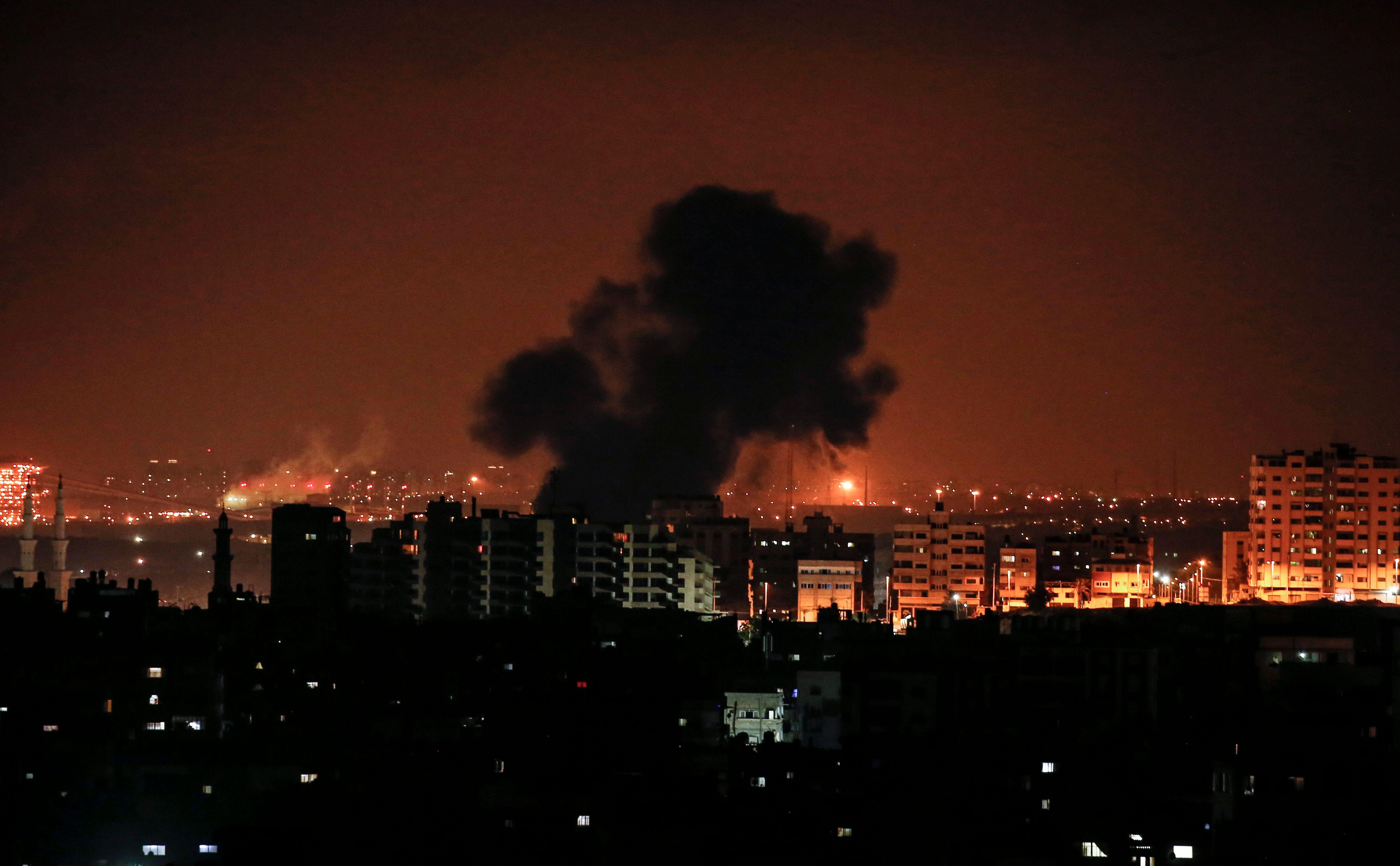 غارات اسرائيلية على قطاع غزة