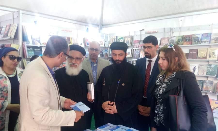 انطلاق فعاليات معرض الكتاب بالكاتدرئية المرقسية في الإسكندرية (6)