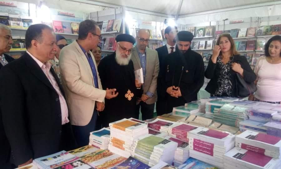 انطلاق فعاليات معرض الكتاب بالكاتدرئية المرقسية في الإسكندرية (7)