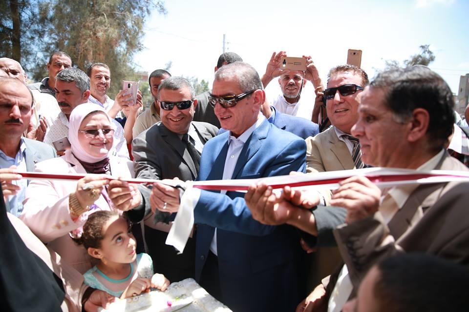 جانب من افتتاح المحافظ للمدارس