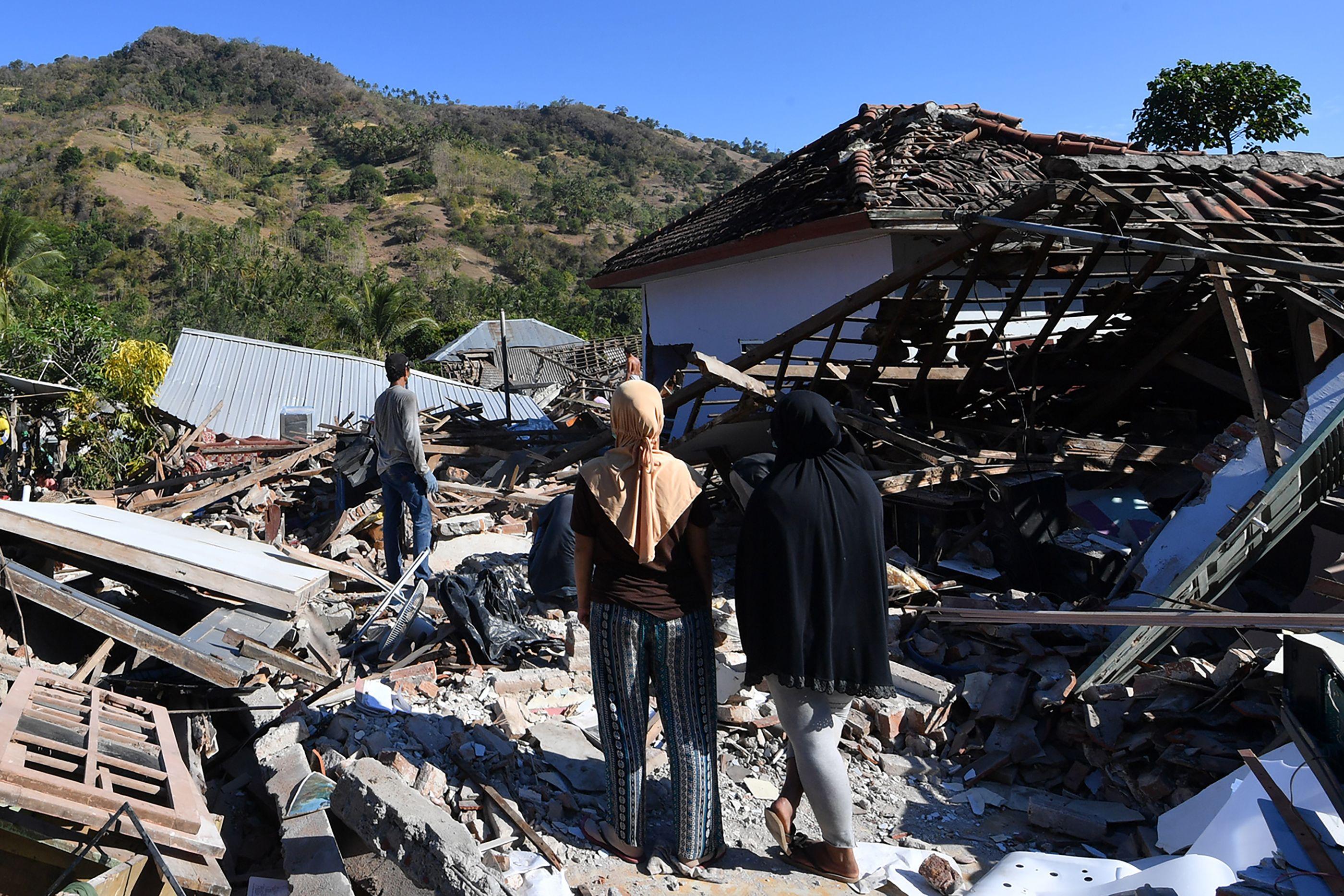 جانب من زلزال إندونيسيا