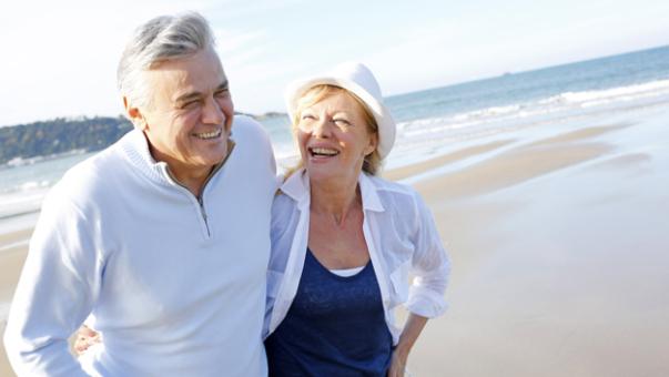elderly_couple_traveling_-_thinkstock_copy