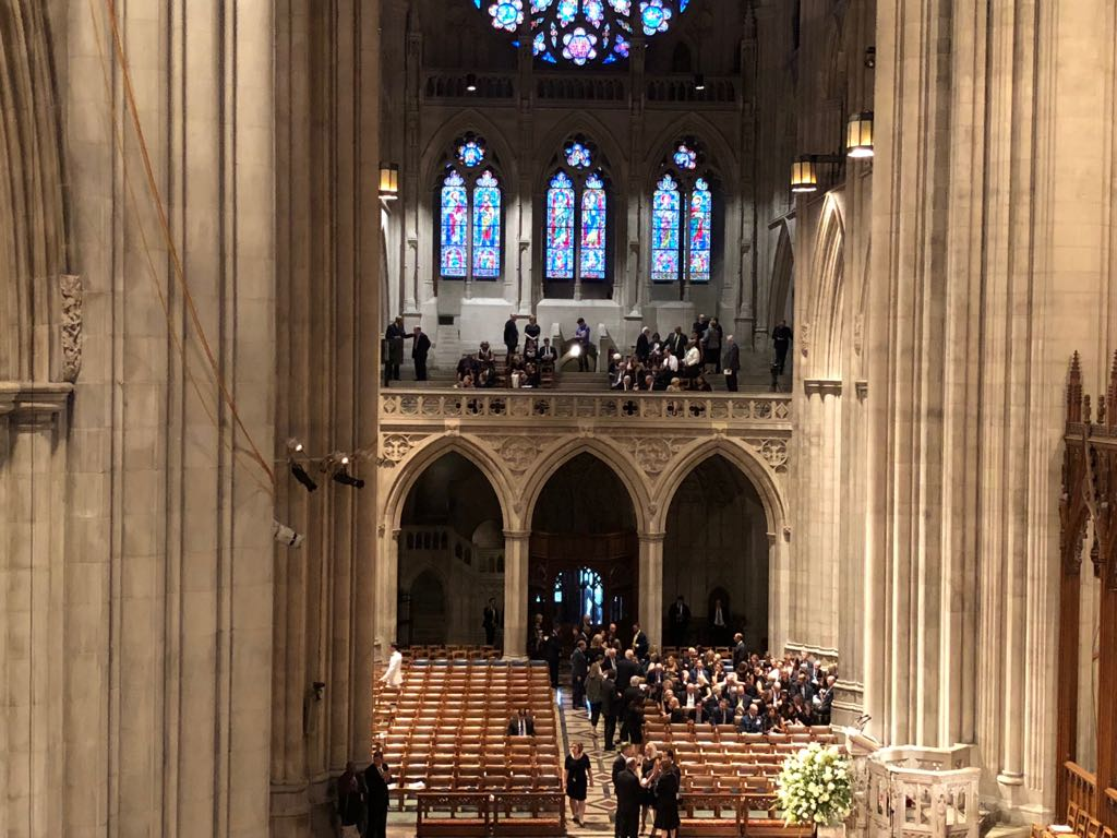 داخل كاتدرائية تأبين ماكين فى واشنطن (8)