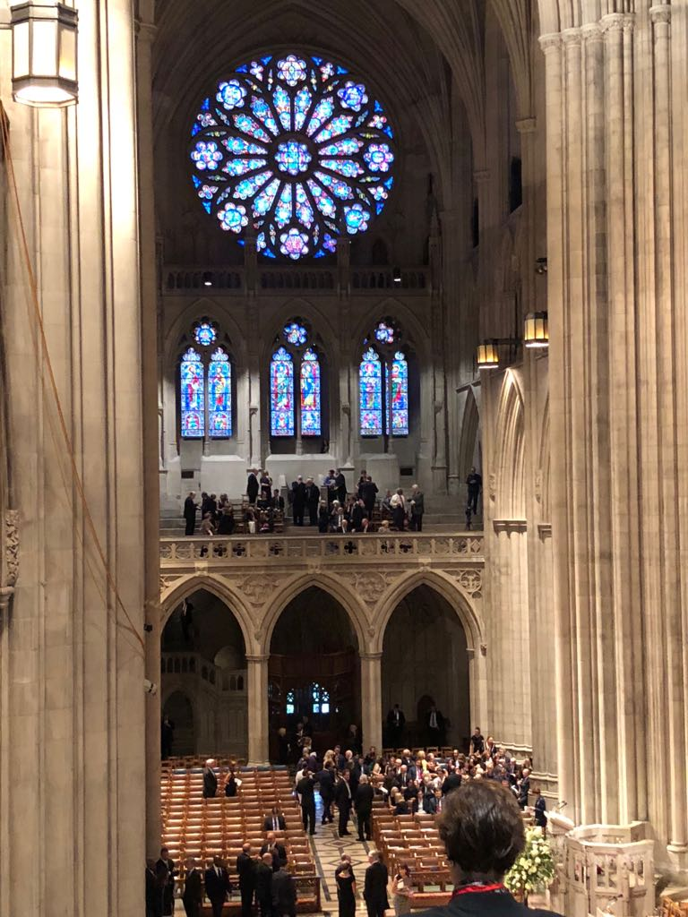 داخل كاتدرائية تأبين ماكين فى واشنطن (11)