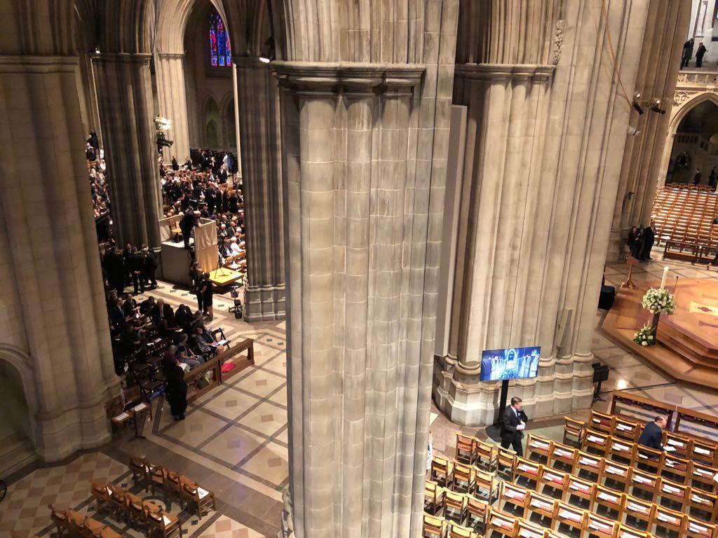 داخل كاتدرائية تأبين ماكين فى واشنطن (7)