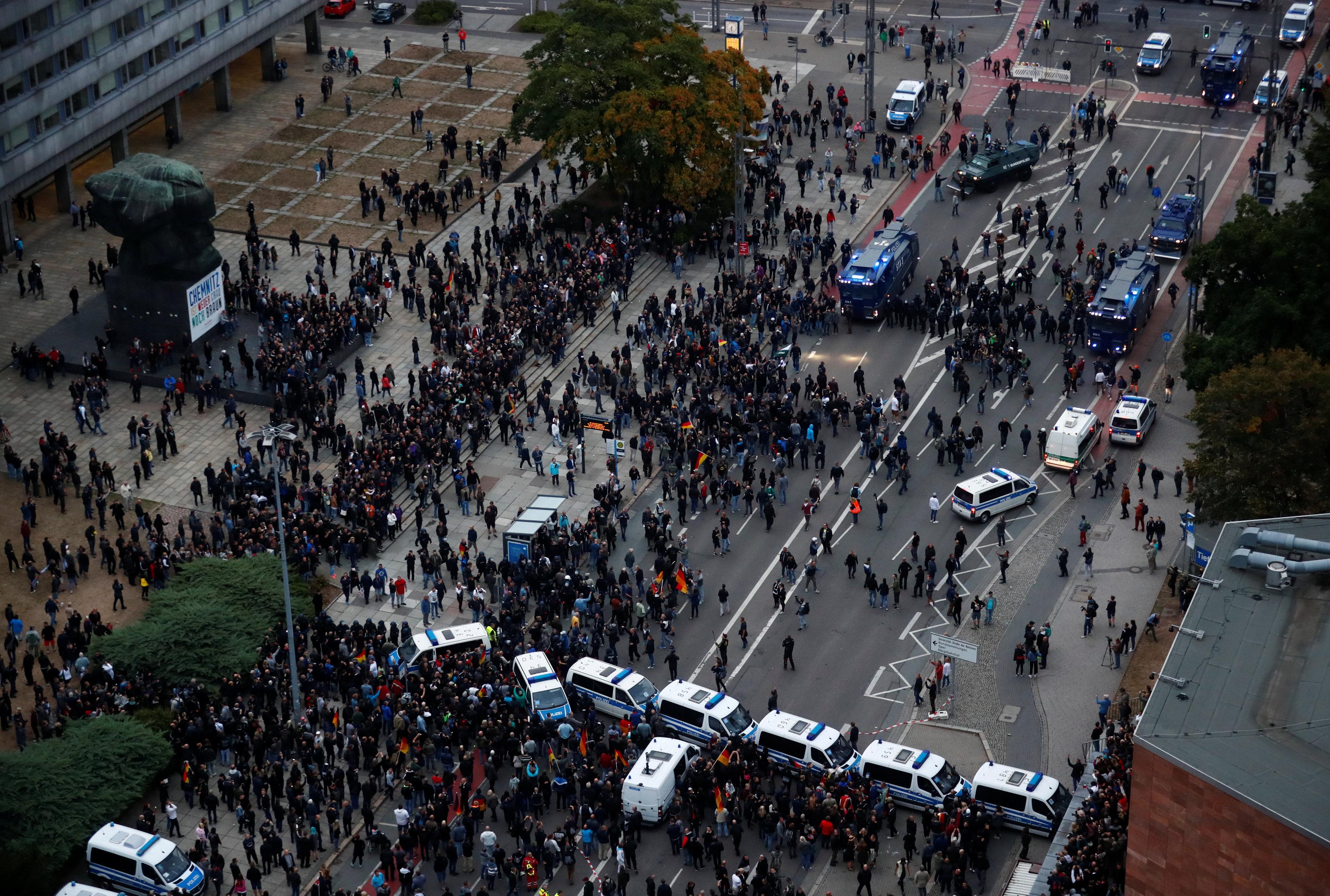 تعامل الشرطة الألمانية مع المظاهرات
