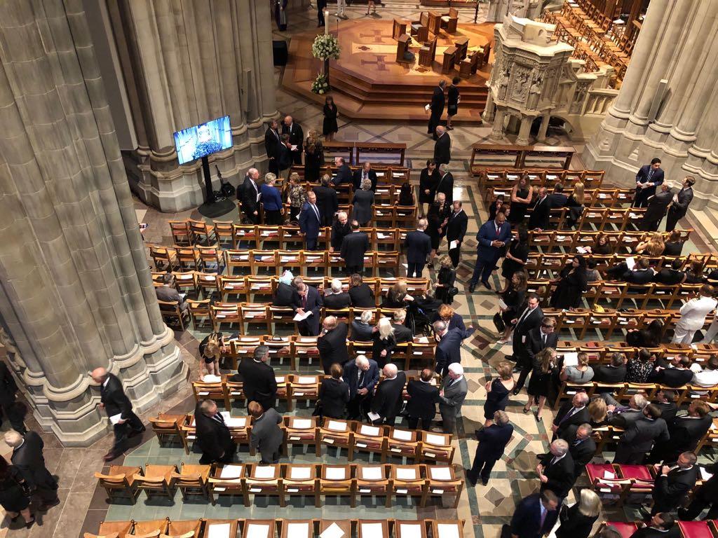 داخل كاتدرائية تأبين ماكين فى واشنطن (12)