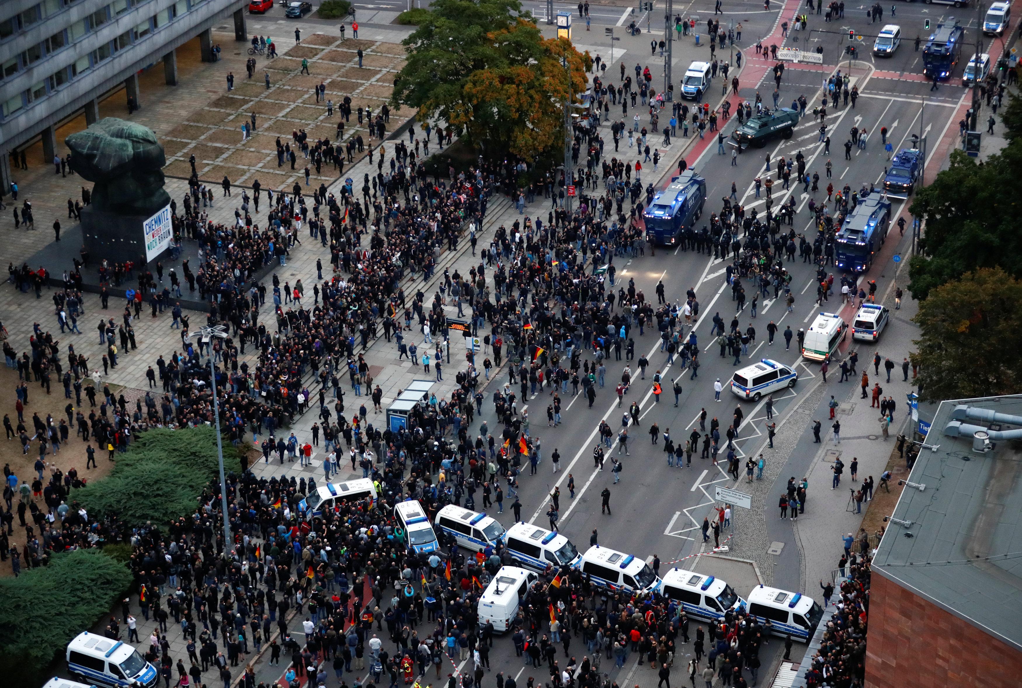 قمع الشرطة الألمانية المظاهرات