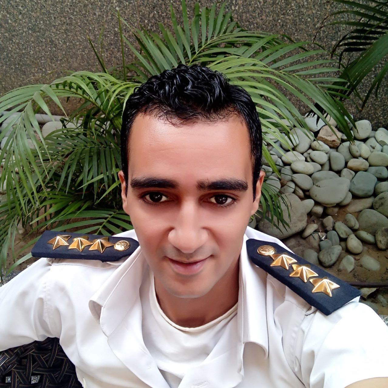 الضابط
