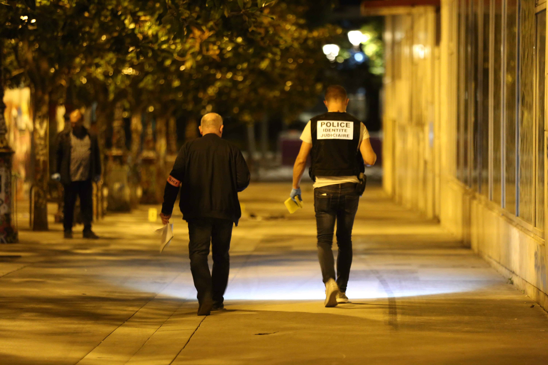 الشرطة الفرنسية بموقع الحادث