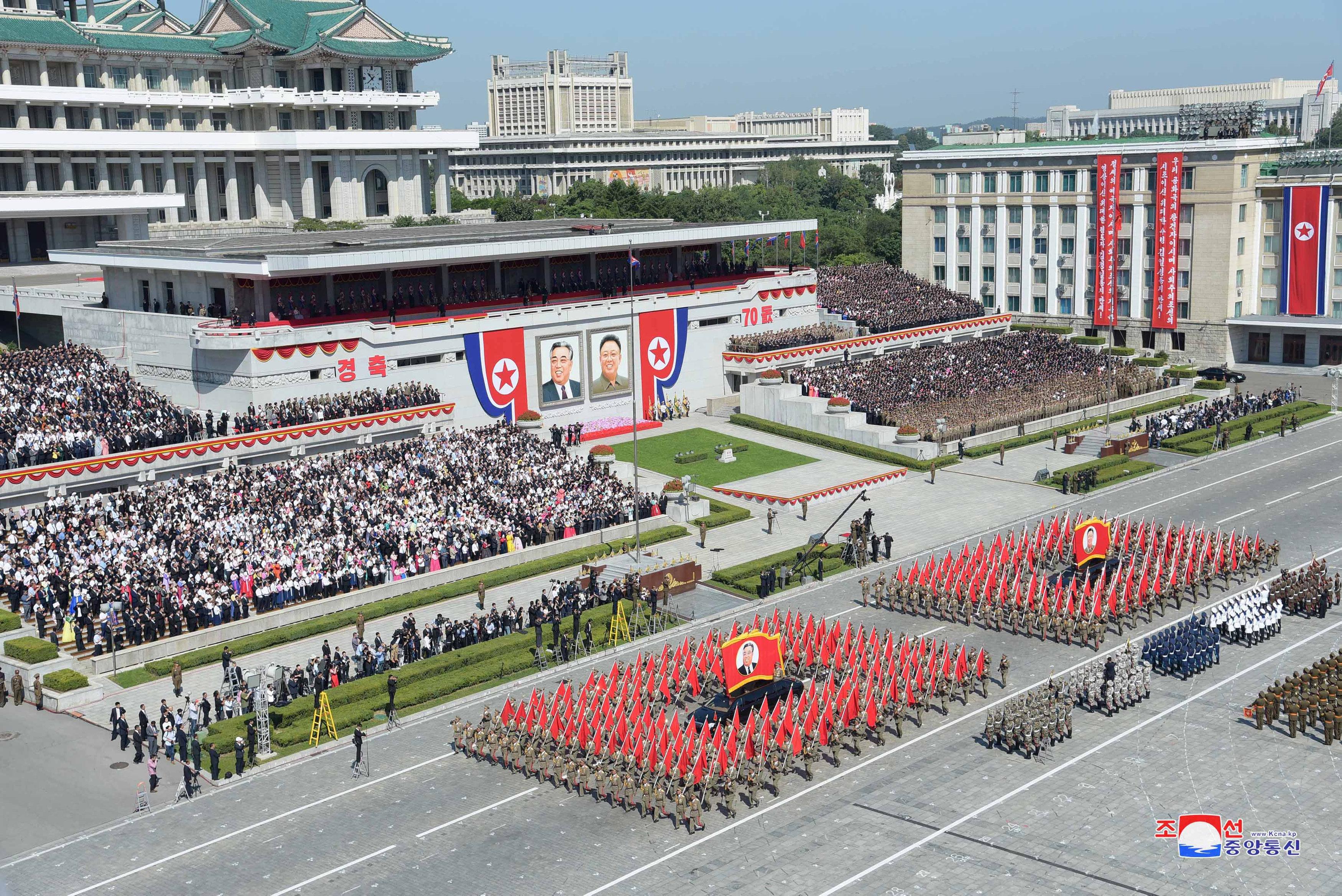 مشهد لأحد العروض العسكرية