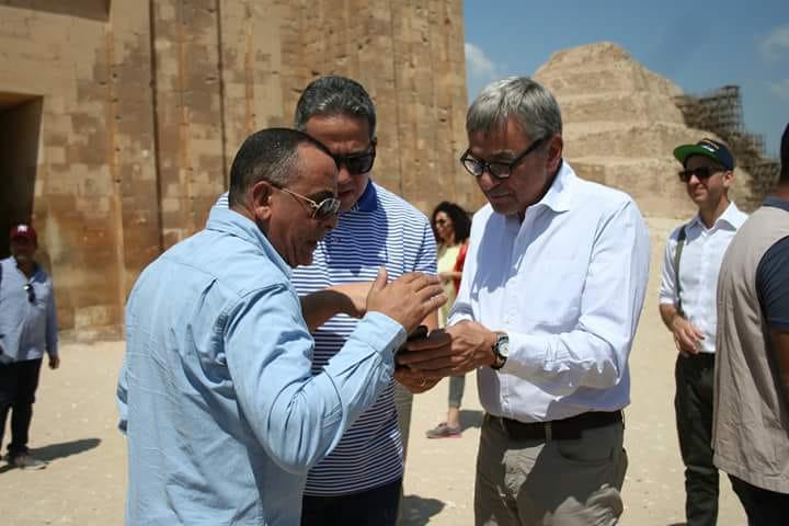 وزير الآثار مع السفير البرازيلى (2)