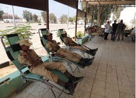 المجندين اثناء التبرع