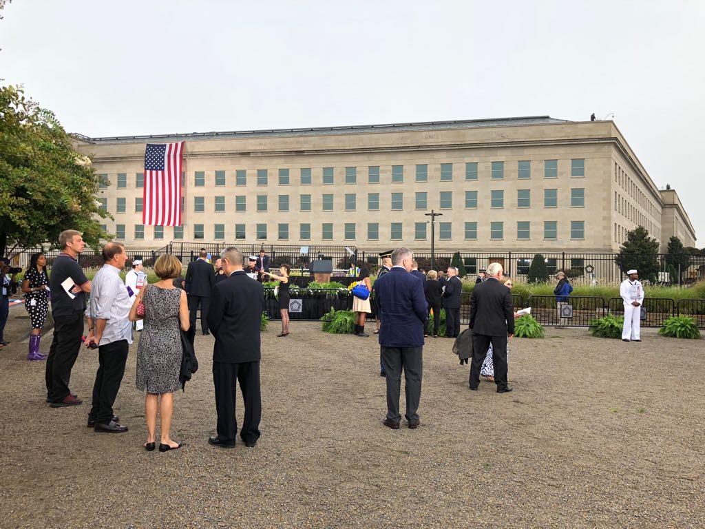 نصب البنتاجون لإحياء ذكرى 11 سبتمبر  (4)