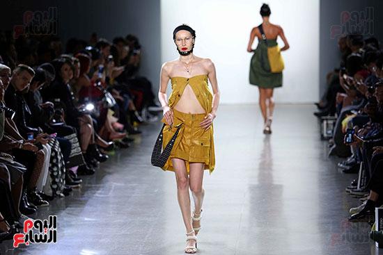 أزياء YAJUN لربيع وصيف 2019 فى أسبوع الموضة بنيويورك (16)