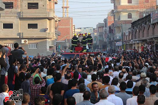 جنازة الشهيد محمد صالح مهنى (1)