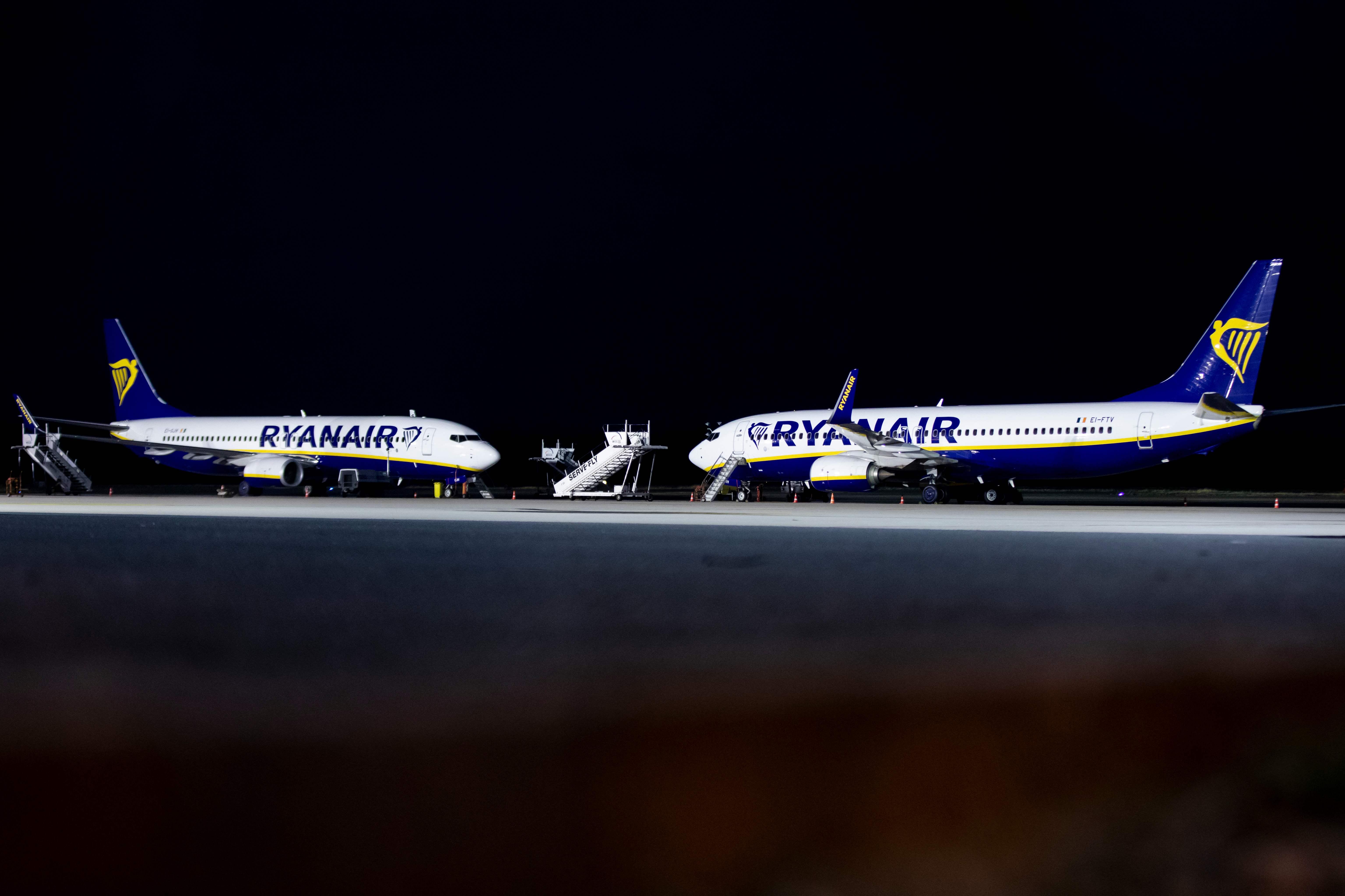 طائرات الشركة بعد الغاء رحلاتها