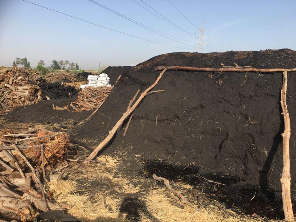 تصاعد الأدخنة بسبب مكامير الفحم   (1)