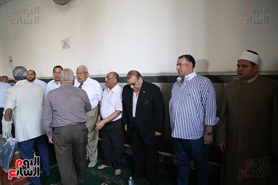 صور تشييع جنازة شقيقة حسن راتب  (5)