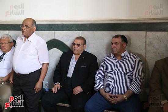 صور تشييع جنازة شقيقة حسن راتب  (1)