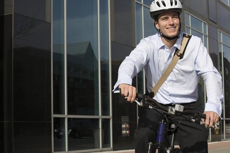 ركوب الدراجة قبل الذهاب للعمل