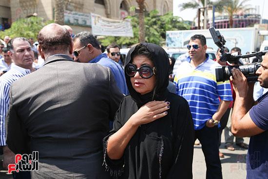 صور تشييع جنازة شقيقة حسن راتب  (20)