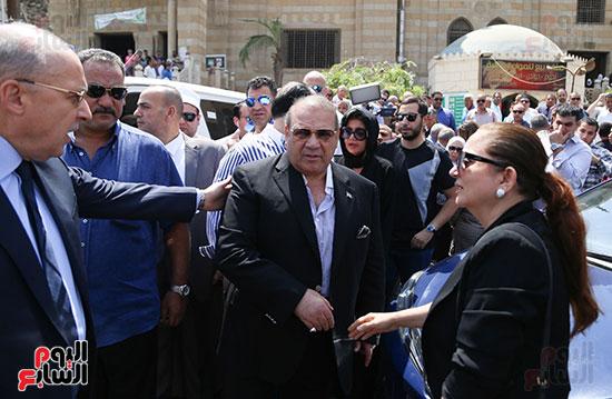صور تشييع جنازة شقيقة حسن راتب  (17)