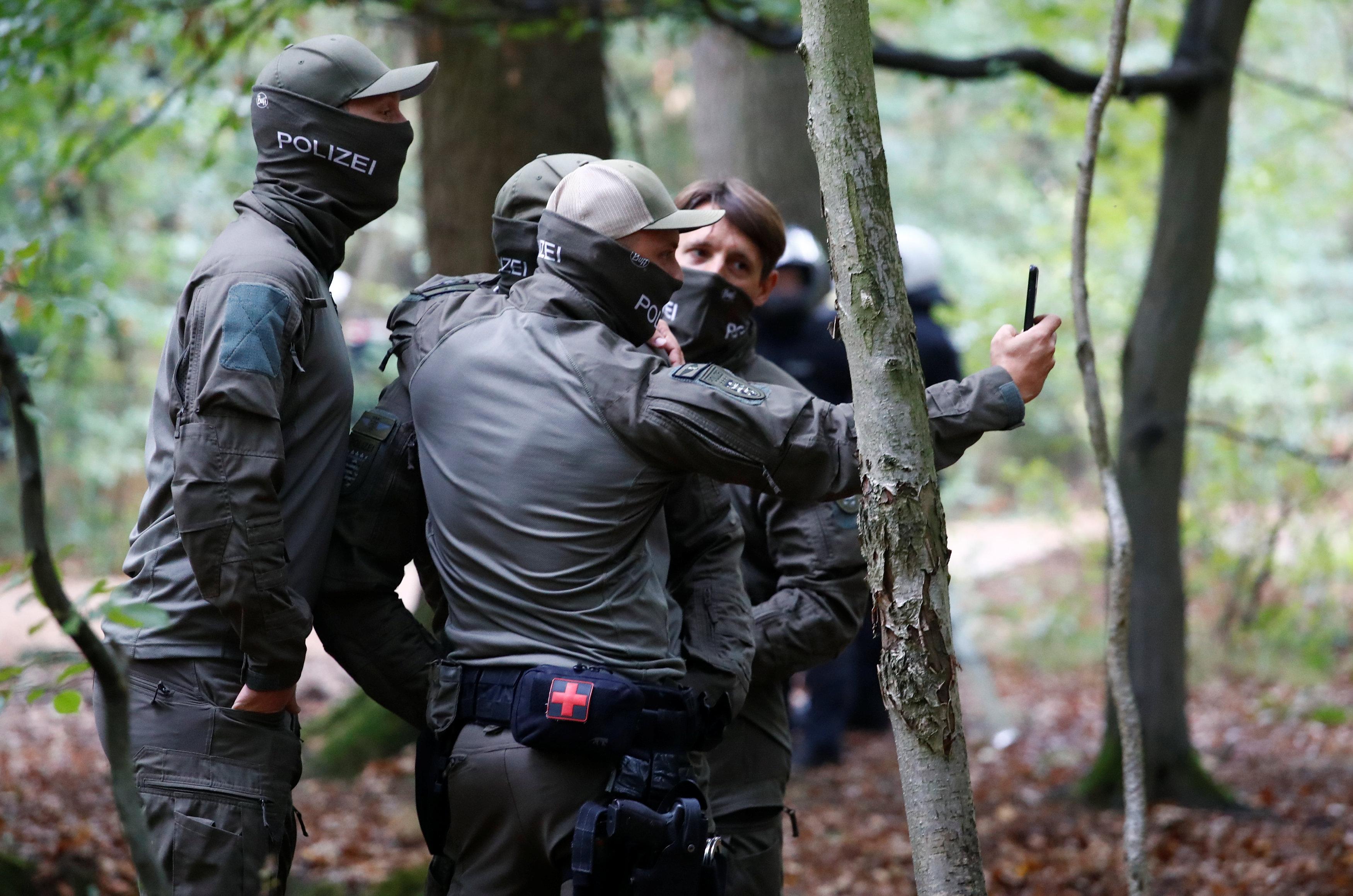 تنسيق بين قوات الأمن تحسبا لأية طوارئ
