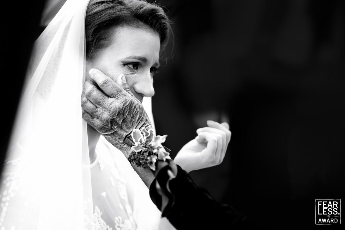 أجمل 50 صورة زفاف حائزة على جائزة  Fearless Awards (4)