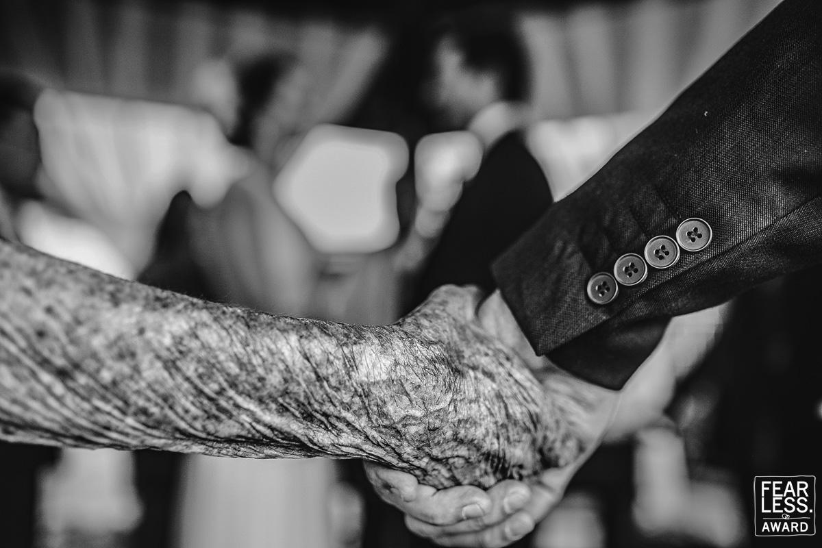 أجمل 50 صورة زفاف حائزة على جائزة  Fearless Awards (6)
