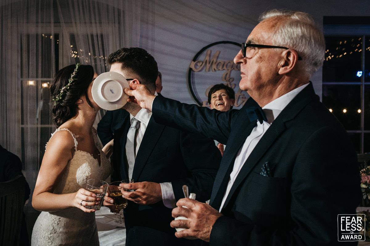 أجمل 50 صورة زفاف حائزة على جائزة  Fearless Awards (12)