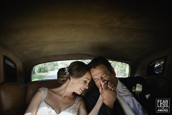 أجمل 50 صورة زفاف حائزة على جائزة  Fearless Awards (14)