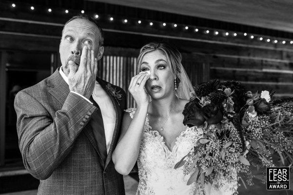 أجمل 50 صورة زفاف حائزة على جائزة  Fearless Awards (1)