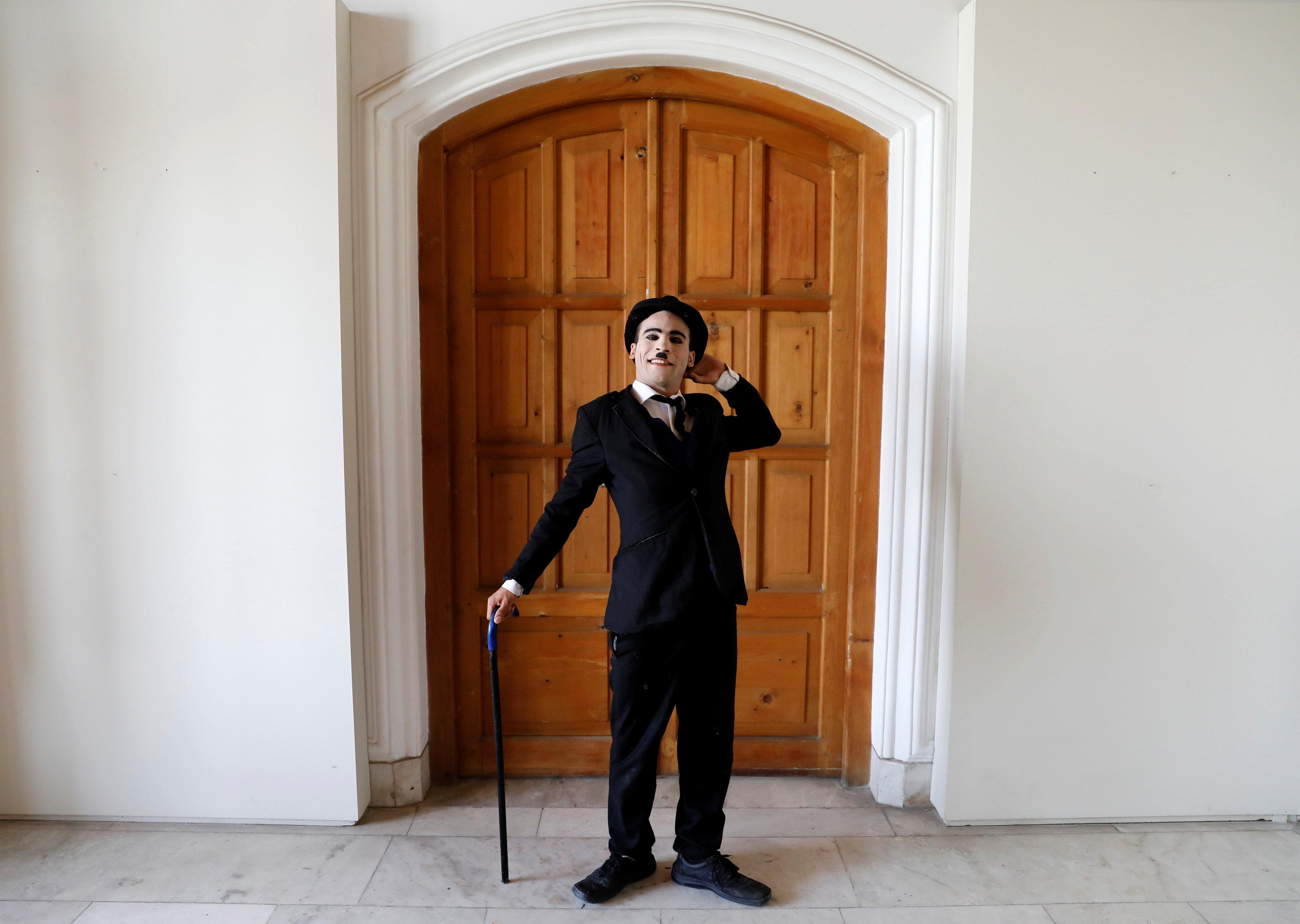 الفنان الأفغانى لا يأبه بتهديدات المتطرفين