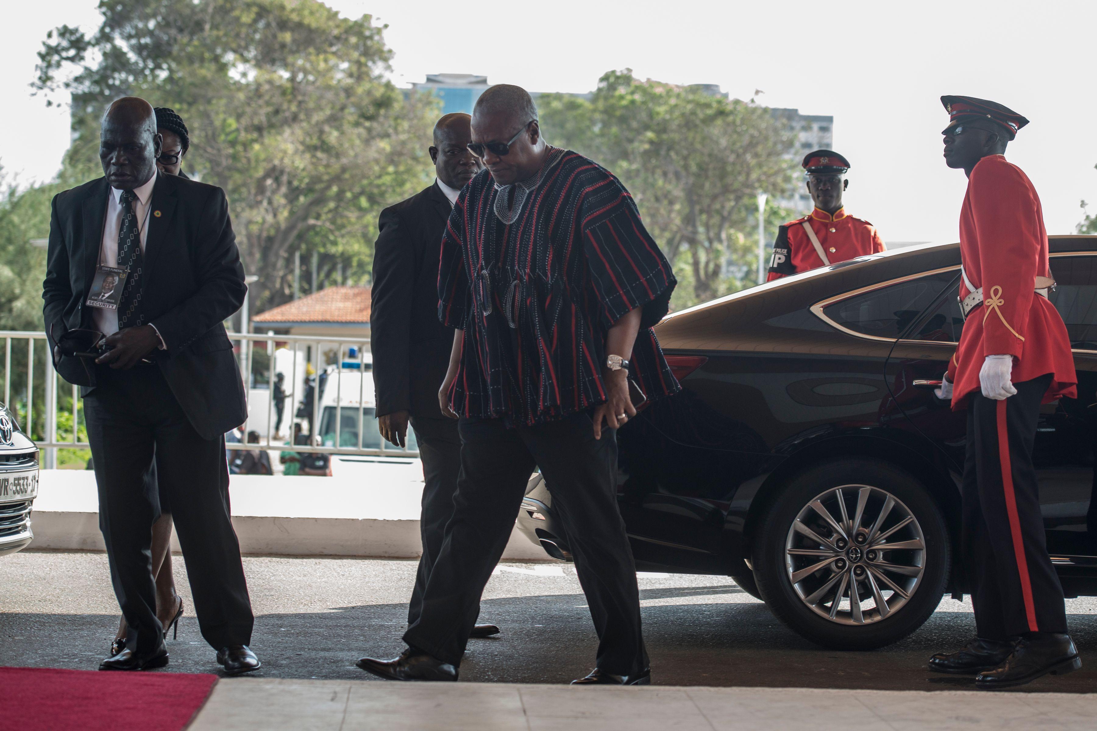 زعيم افريقى يصل مراسم دفن كوفى عنان